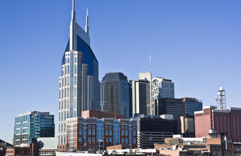 Daytime photo of downtown Nashville, Tennessee