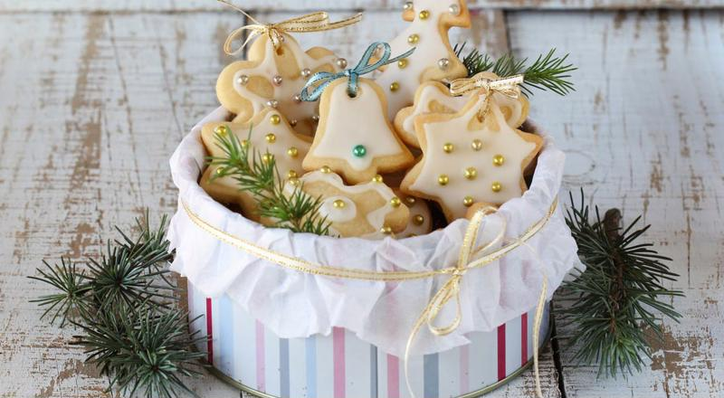 Sugar cookies are the classic Christmas cookie.