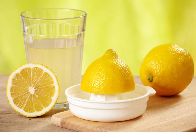 Fresh-squeeze your lemons for an optimal cocktail.