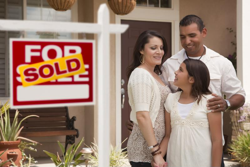 Real estate coroplast signs instantly tell passers by which houses are currently on the market.