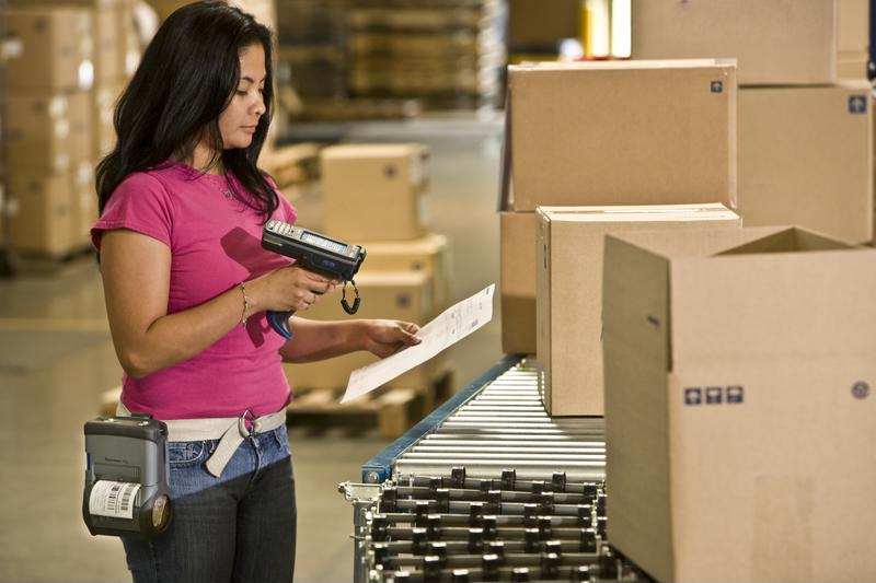 Give your customers the best online shopping experience with the best fulfillment team.