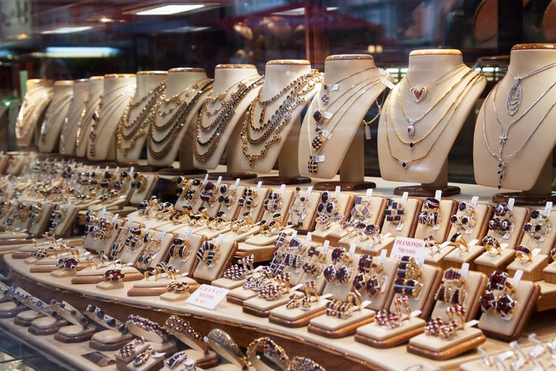 Jewelry stores are likely to face risks that other businesses simply do not.