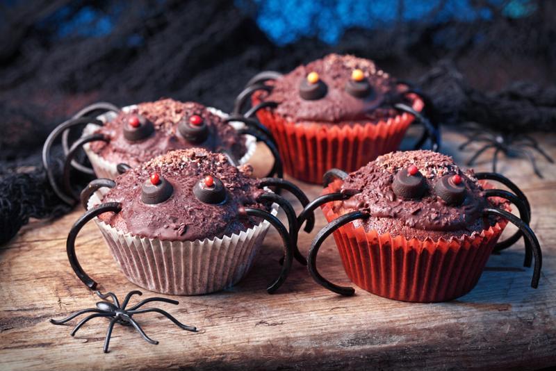 Halloween spider cupcakes.