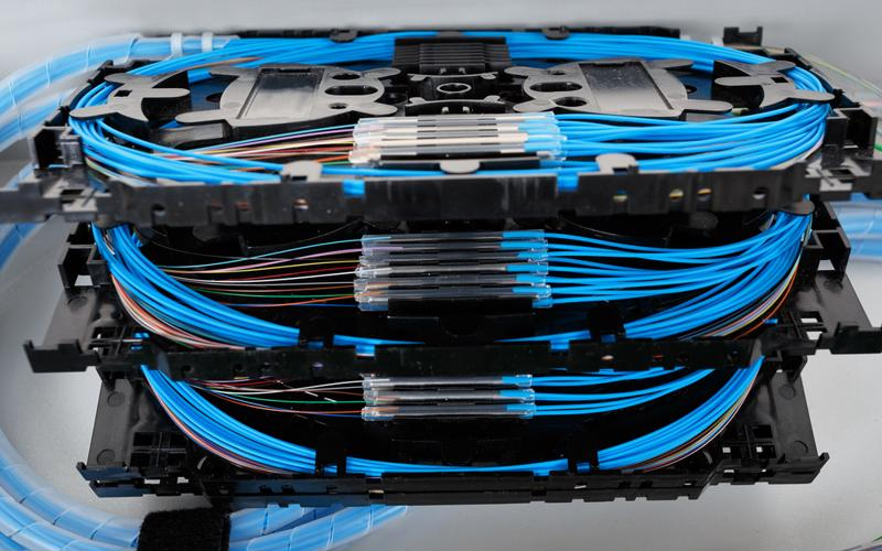 Fiber-optic cabling can have a surprisingly huge impact on data center airlfow management.