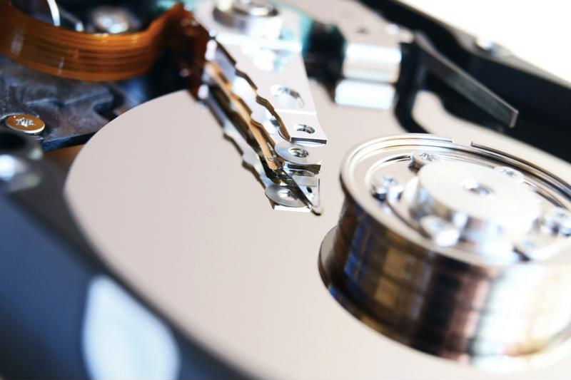 Proper data destruction depends on avoiding single points of failure.