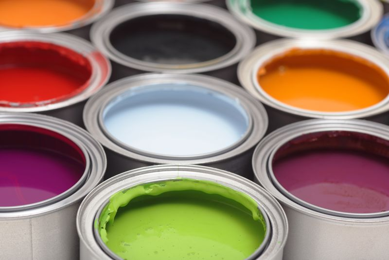Which colours should you choose when you repaint? It all depends on taste and the room itself.