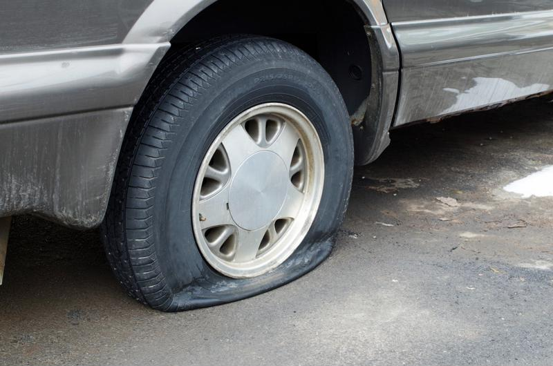 These warning signs could all lead to a flat or blowout.