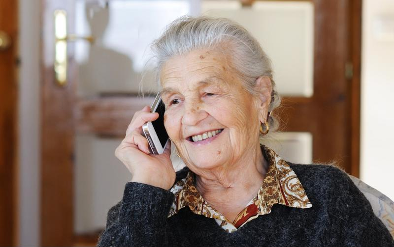 phone date, senior, senior citizen, Edgewood Senior Living