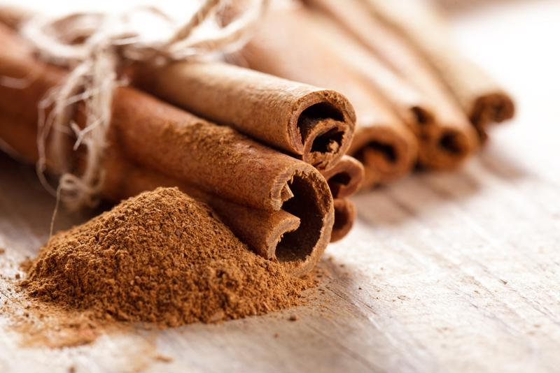 Cinnamon is a bold, low-calorie smoothie mix-in.