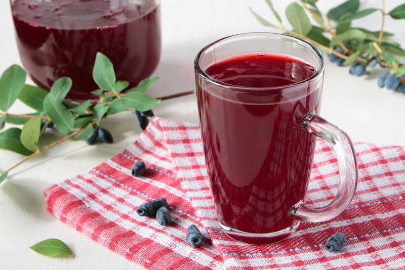 Berries and cherries are among the most popular fruits for kissel.