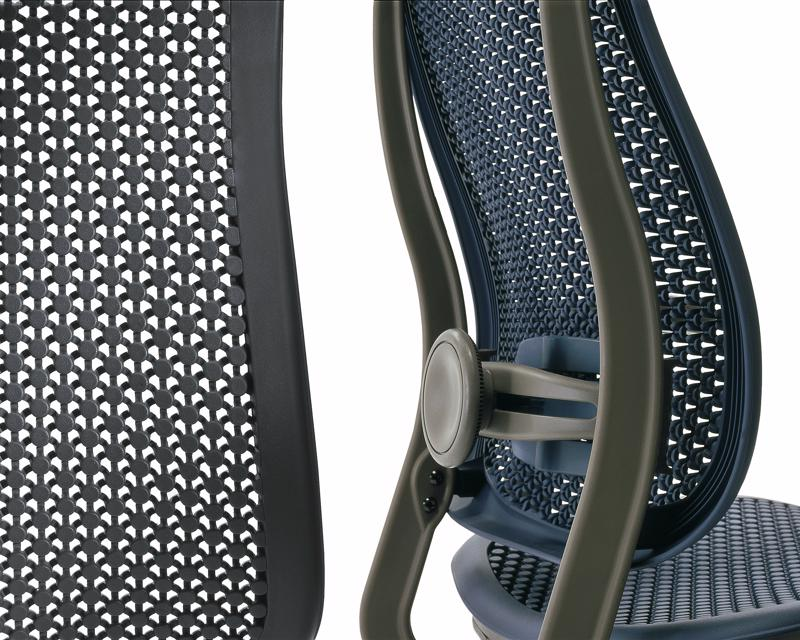 Adjustable lumbar support allows you to easily alter the chair back to conform to your spine's natural curvature.