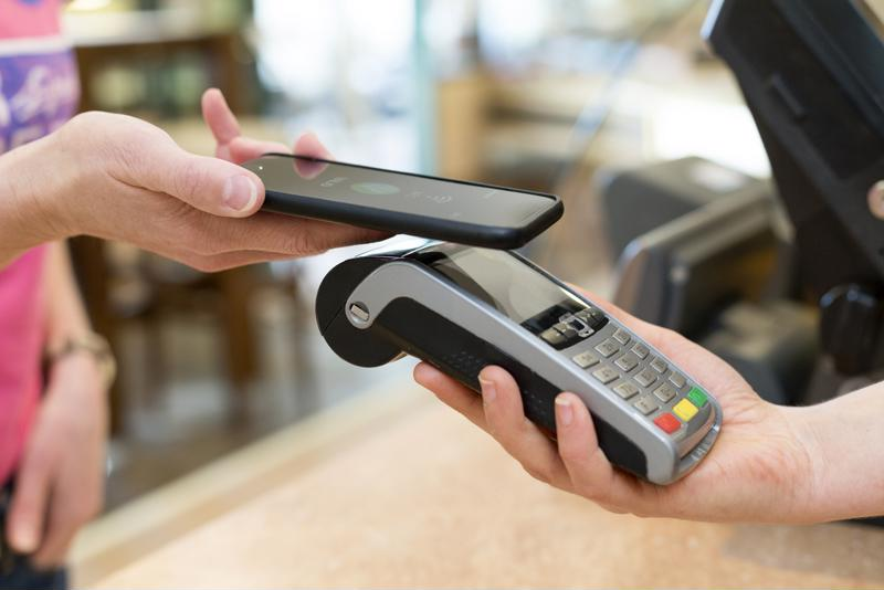 Mobile payments continue to gain slow momentum among merchants and shoppers.