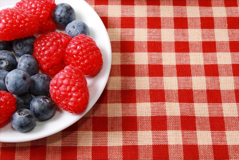 Add a few ingredients to the berries you bring on your picnic.