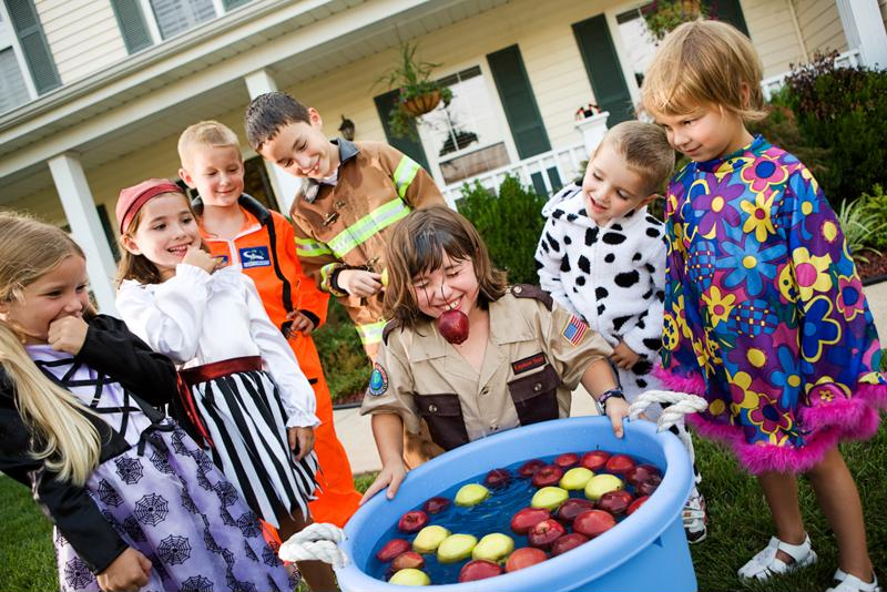 Get your kids' Halloween party just right.