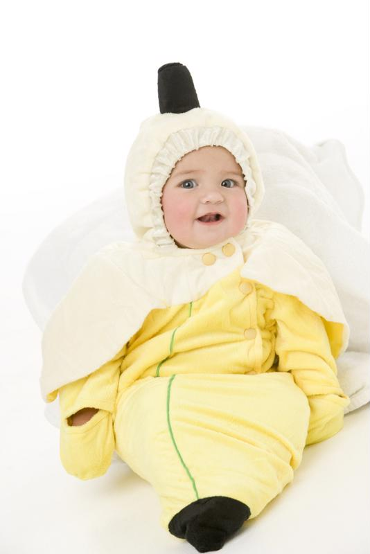 Think you'll look this cute in a banana costume?