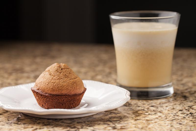 Enjoy a breakfast muffin after your Power Smoothie.