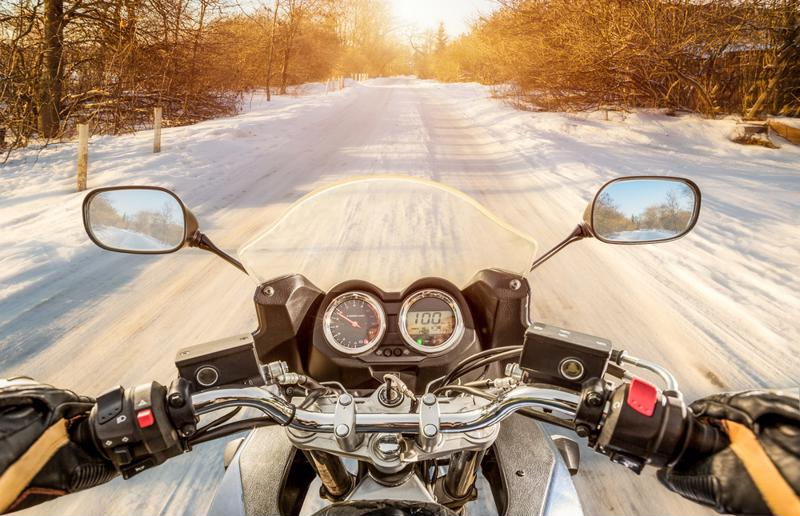 wintermotorcycleriding