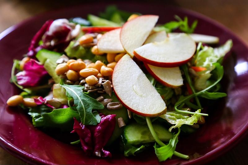 A nutrient loaded salad is an excellent way to stay healthy and fight bad breath.