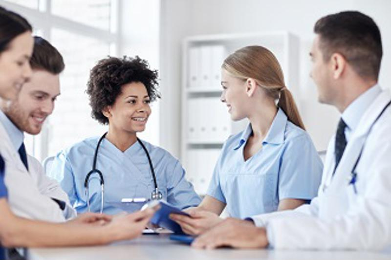 When nurses travel for their careers, they get to work with new people who have different perspectives on practicing medicine.