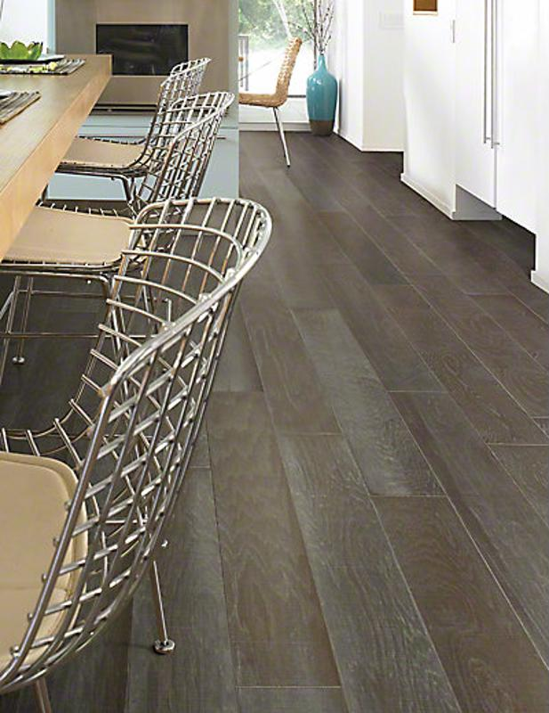 Antique Walk floors accomplish an impressive stylistic appeal