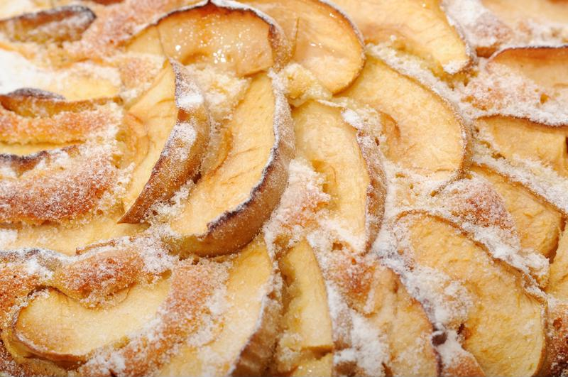 This sweet and sugary apple dessert will be a huge hit.