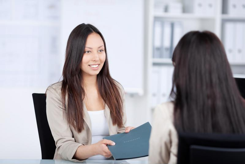 A confident employee will show an impressive resume and discuss past work.