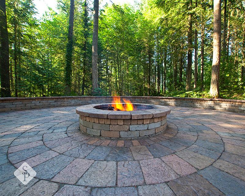 fire pit, System Pavers, custom patio, interlocking pavers