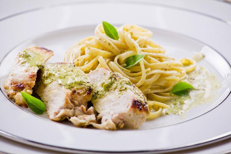 chicken and pesto linguine
