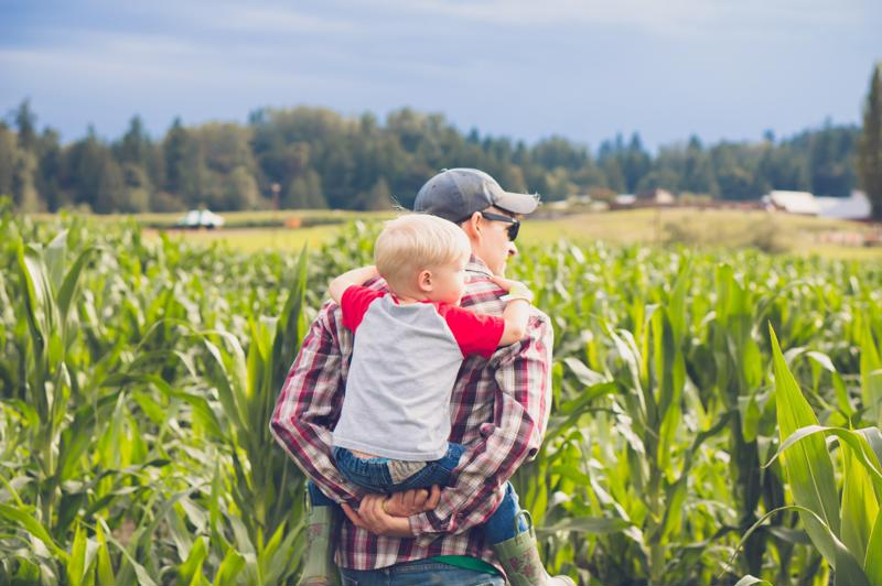 Men who want to become fathers later in life may face physical challenges, but are also often more equipped for the role.