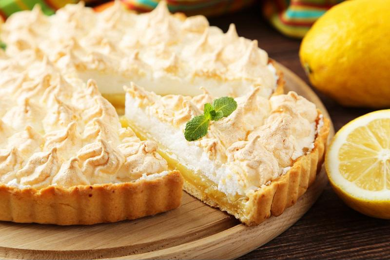Lemon pie is the perfect dessert to enjoy at the end of summer.