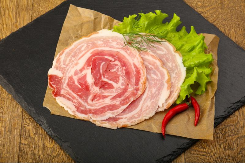 There are alternatives to pancetta.