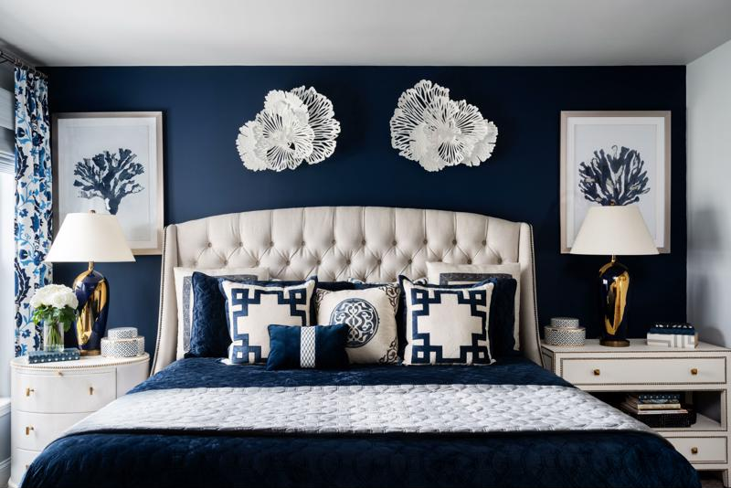 Choose a color scheme that you're comfortable with that also accentuates your style.