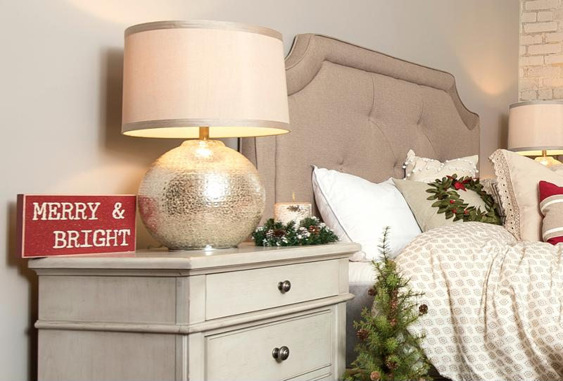Bring the holiday cheer to the guest room.