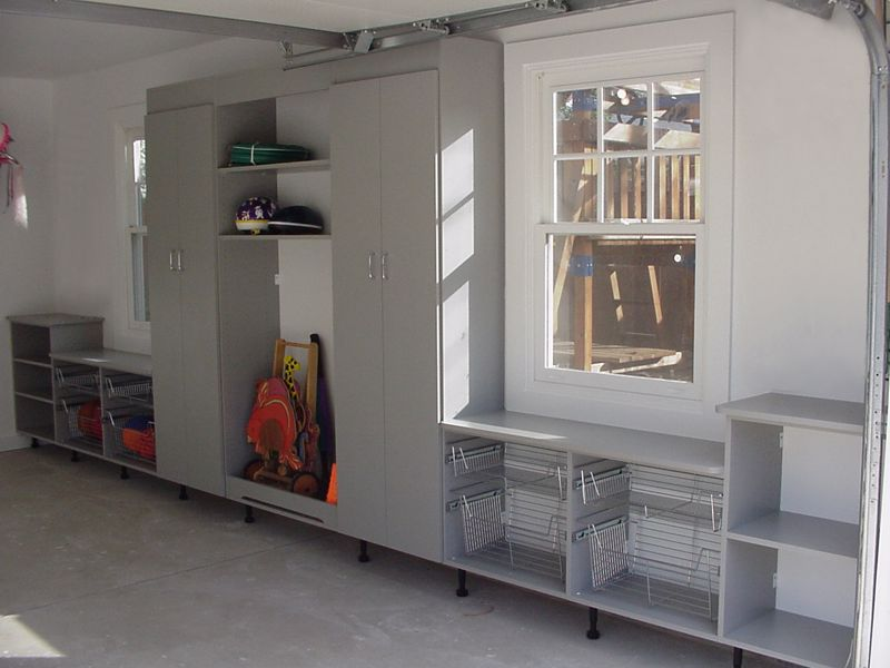 A clear space can help you visualize how you want your new garage to stay tidy
