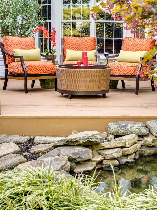 Decorating with outdoor elements can really elevate your patio.