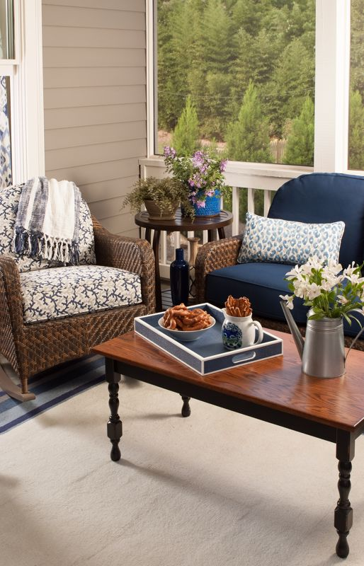 An outdoor space can feel indoors with the right accessories.