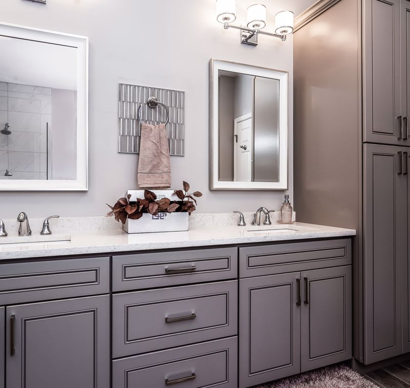 Choose black or another bold color for accents.