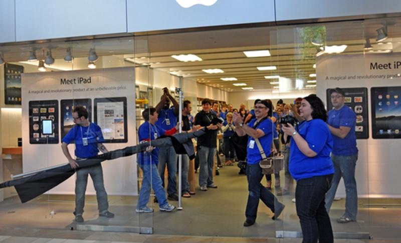Shopping in an Apple Store is an experience like no other.